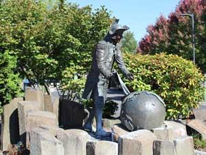 Captain George Vancouver Statue Jigsaw puzzle